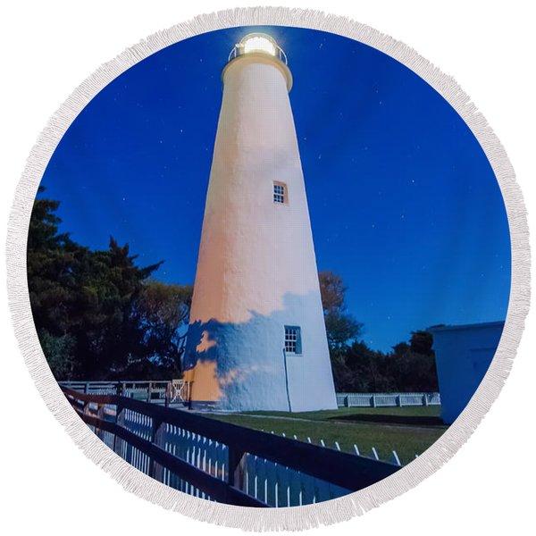 The Ocracoke Lighthouse On Ocracoke Island On The North Carolina Round Beach Towel