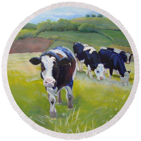 Holstein Friesian Cows Round Beach Towel