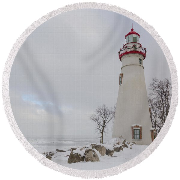 Marblehead Lighthouse Lake Erie Round Beach Towel