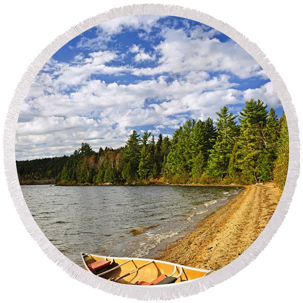 Red Canoe On Lake Shore Round Beach Towel
