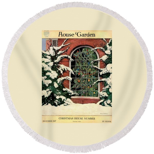 A House And Garden Cover Of A Christmas Tree Round Beach Towel