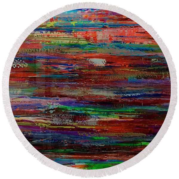 Abstract In Reflection Round Beach Towel