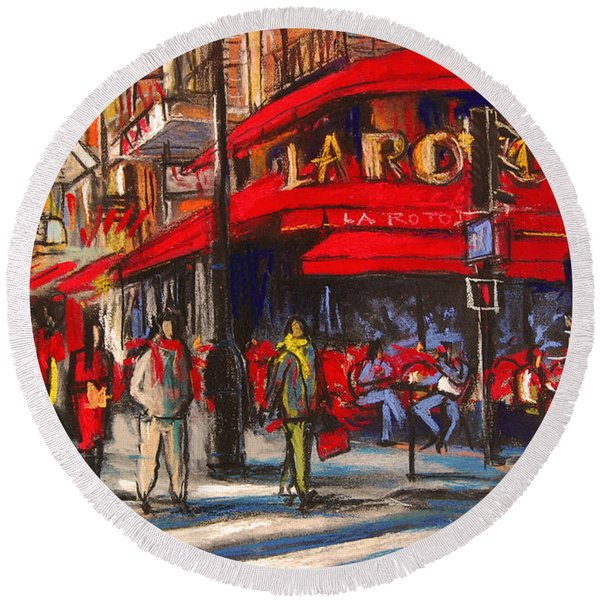 At The Cafe De La Rotonde Paris Round Beach Towel