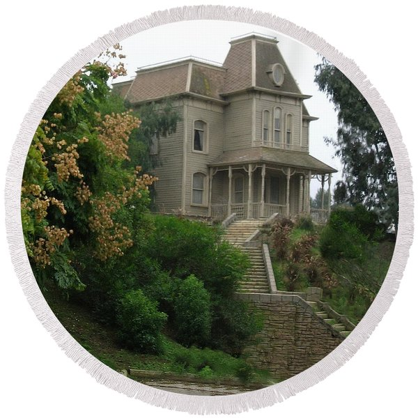 House Of Norman Bates Round Beach Towel
