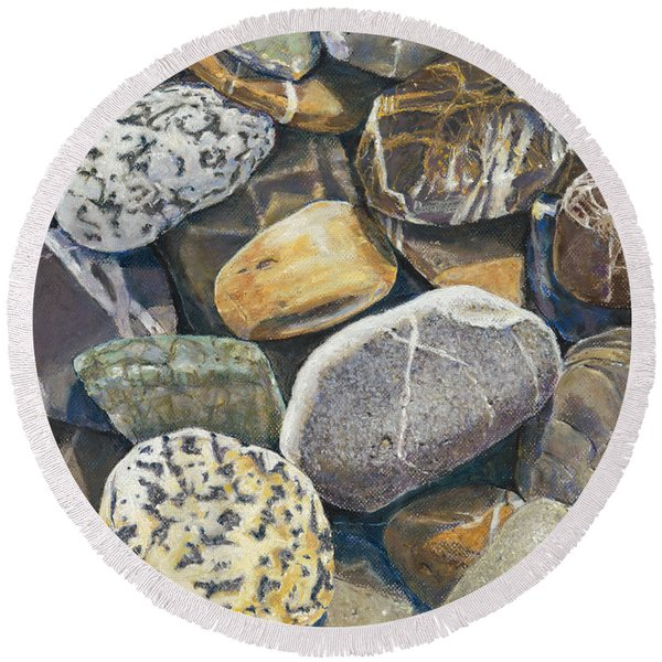 A Choir Of Stones Round Beach Towel