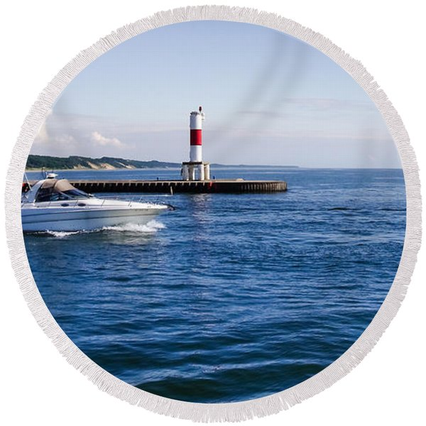 Boat At Holland Pier Round Beach Towel