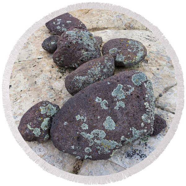 Boulders Covered With Lichen, Grand Round Beach Towel