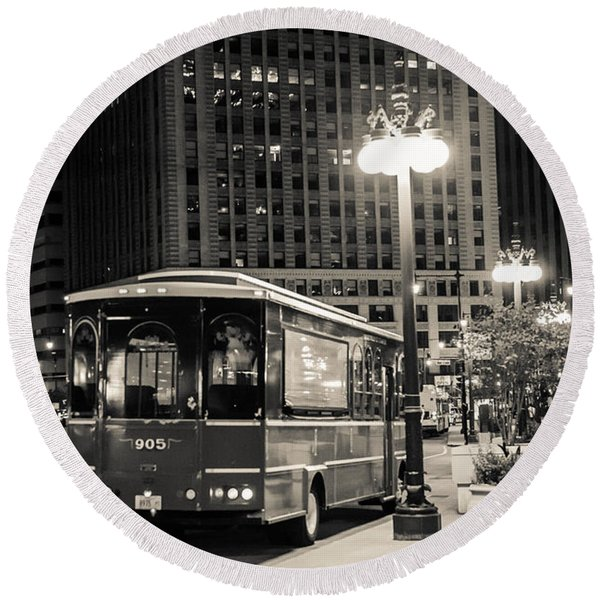Chicago Trolly Stop Round Beach Towel