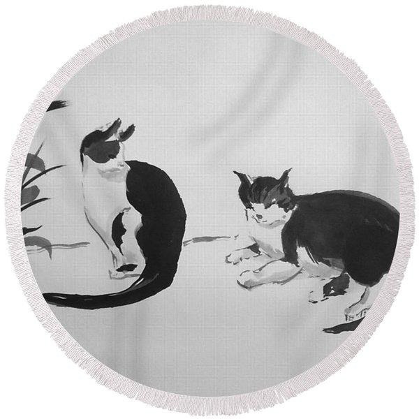 Chinese Painting Cats Round Beach Towel