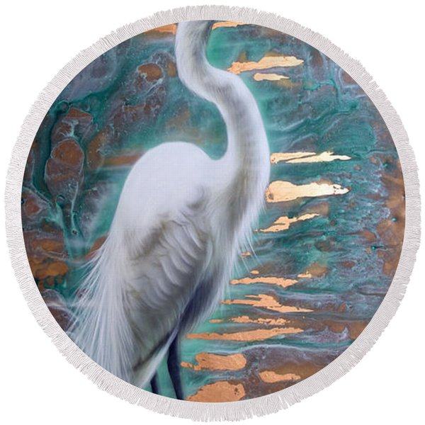 Copper Egret Round Beach Towel