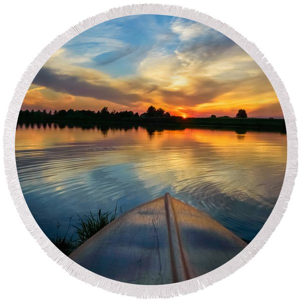 Cottage Country's Silhouette Round Beach Towel