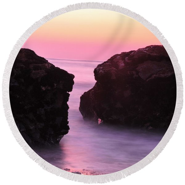 Fine Art Water And Rocks Round Beach Towel