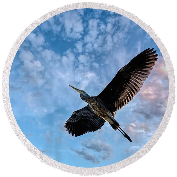 Flight Of The Heron Round Beach Towel