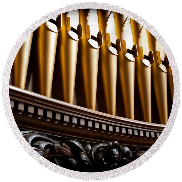 Golden Organ Pipes Round Beach Towel