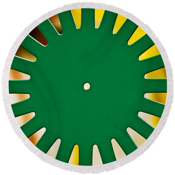 Green Memorial Union Chair Round Beach Towel