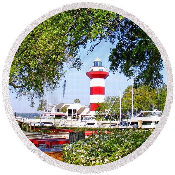Hilton Head Lighthouse And Marina Round Beach Towel