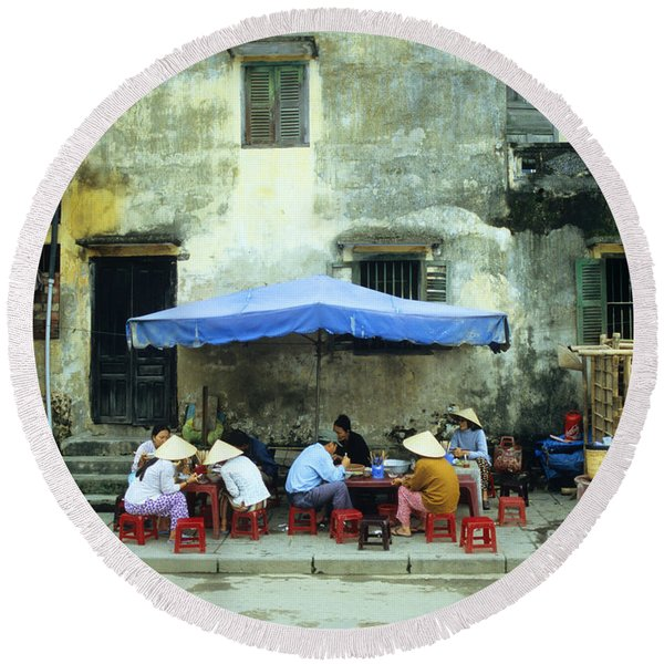 Hoi An Noodle Stall 02 Round Beach Towel