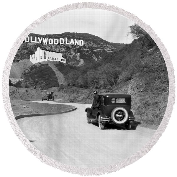 Hollywoodland Round Beach Towel