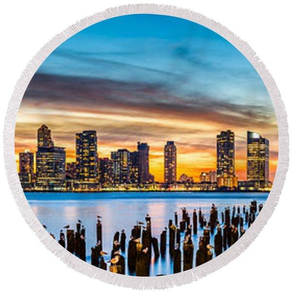 Jersey City Panorama At Sunset Round Beach Towel