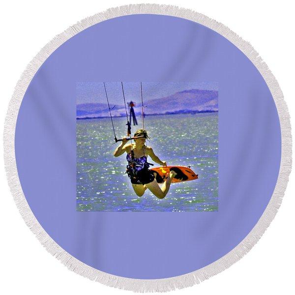 A Kite Board Hoot Round Beach Towel