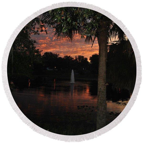 Lake Play Florida Round Beach Towel