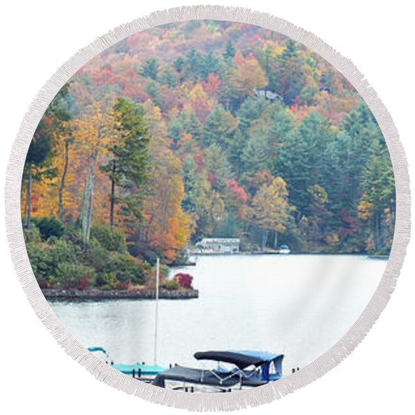 Lake Toxaway In The Fall Round Beach Towel