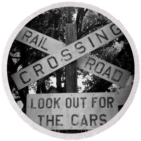 Look Out For Cars Round Beach Towel