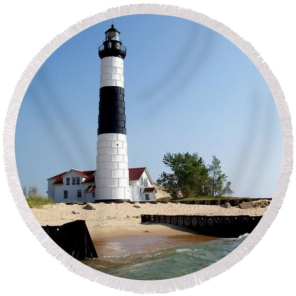 Ludington Michigan's Big Sable Lighthouse Round Beach Towel