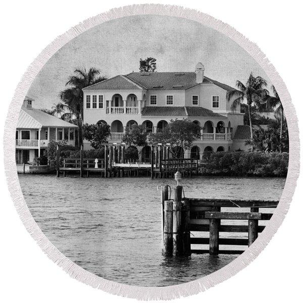 Matanzas Pass - Fort Myers Beach - Florida Round Beach Towel