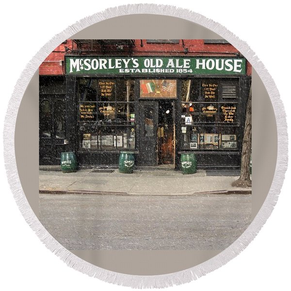 Mcsorley's Old Ale House During A Snow Storm Round Beach Towel