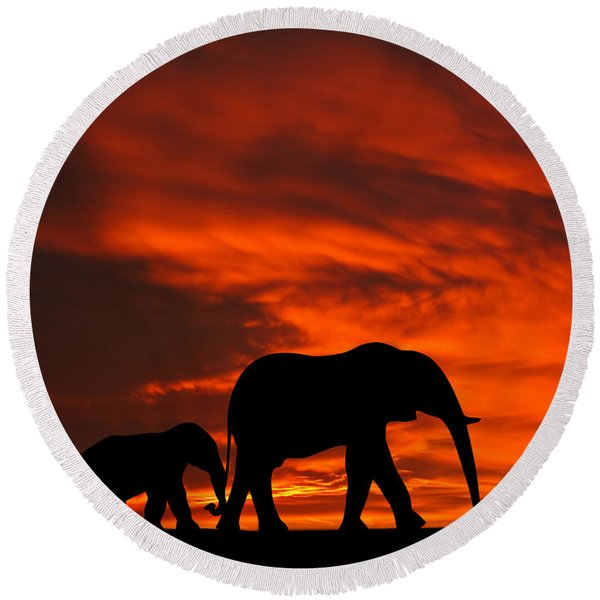 Mother And Baby Elephants Sunset Silhouette Series Round Beach Towel