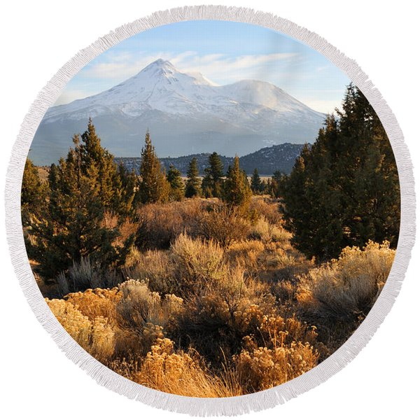 Mount Shasta In The Fall  Round Beach Towel