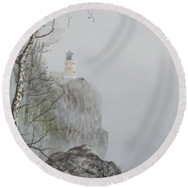 North Shore Lighthouse In The Fog Round Beach Towel