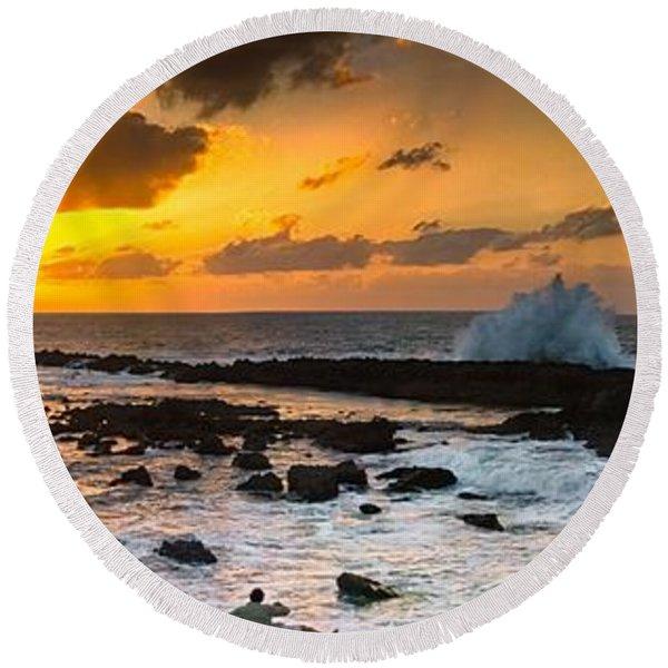 North Shore Sunset Crashing Wave Round Beach Towel