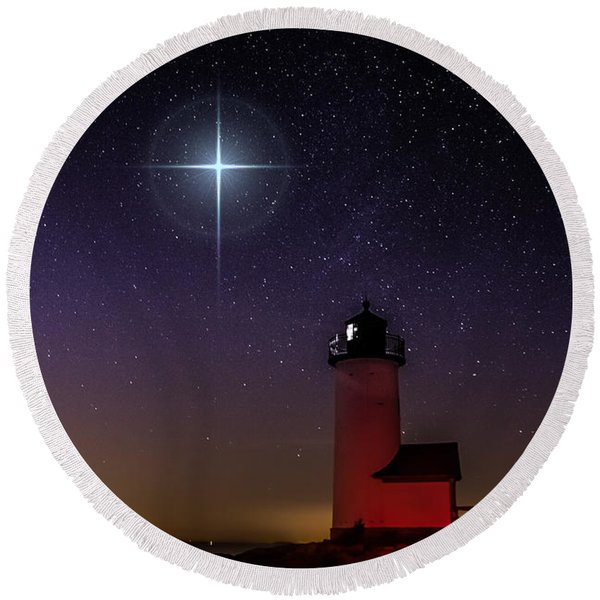 Star Over Annisquam Lighthouse Round Beach Towel