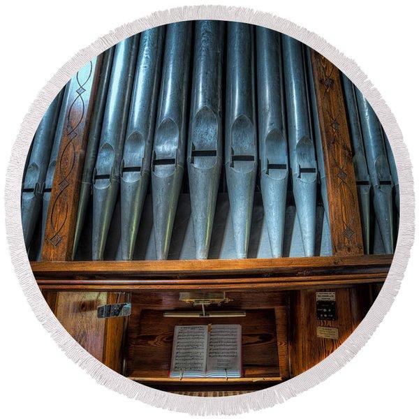 Olde Church Organ Round Beach Towel