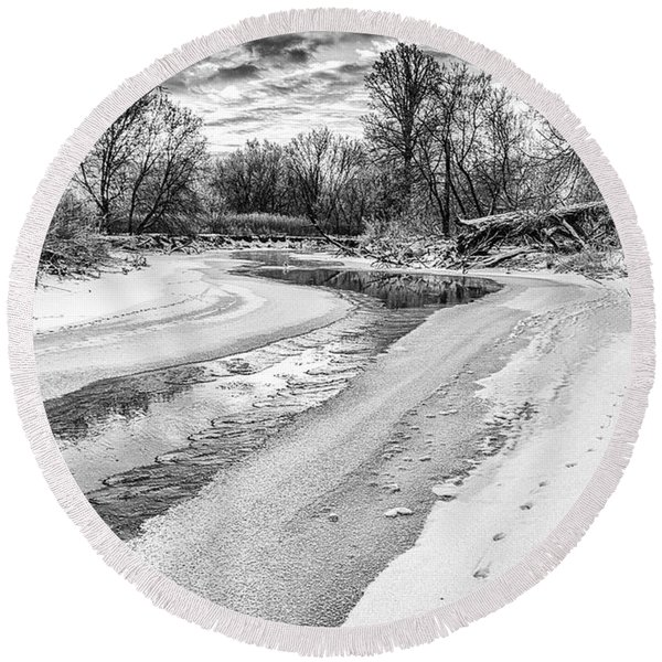 On The Riverbank Bw Round Beach Towel