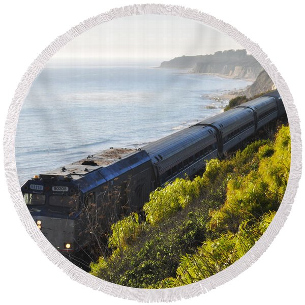 Pacific Surfliner Along The Central Coast Round Beach Towel