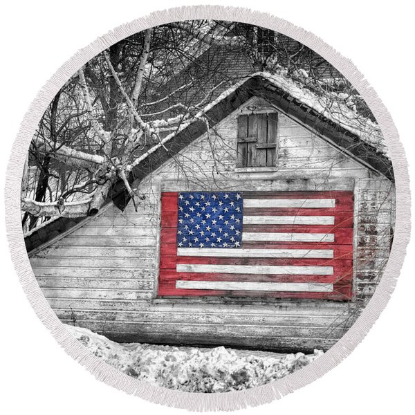 Patriotic American Shed Round Beach Towel