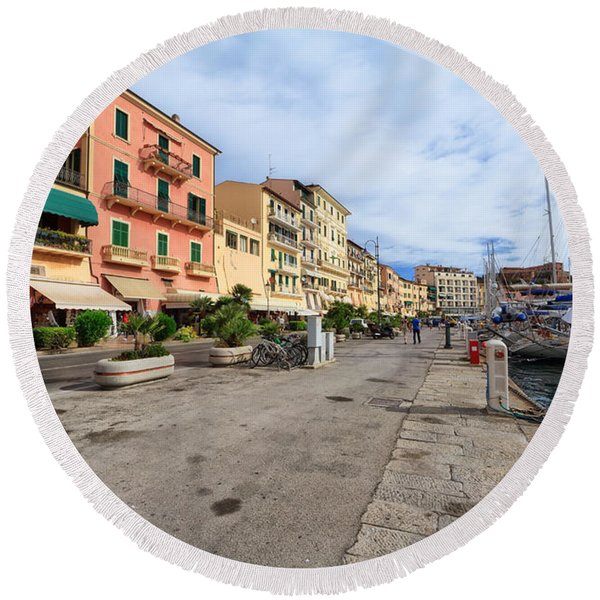 promenade in  Portoferraio Round Beach Towel