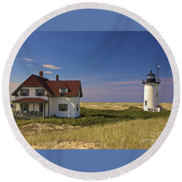 Race Point Lighthouse In Summer Round Beach Towel
