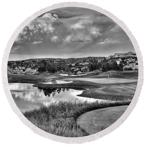 Ravenna IIi Black And White Round Beach Towel