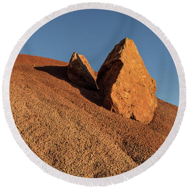 Rocks On Bentonite Clay, Rattlesnake Round Beach Towel