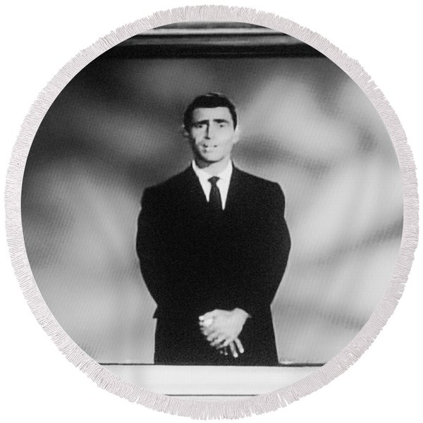 Rod Serling On T V Round Beach Towel