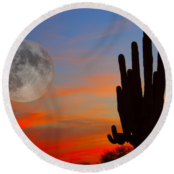 Saguaro Full Moon Sunset Round Beach Towel