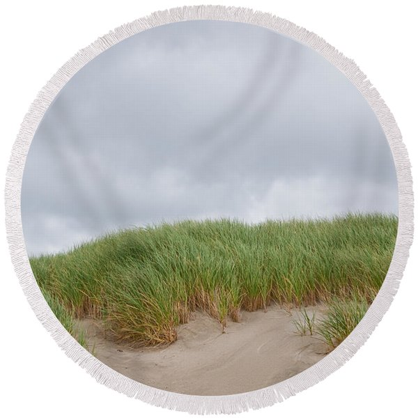 Sand Dunes And Grass Round Beach Towel
