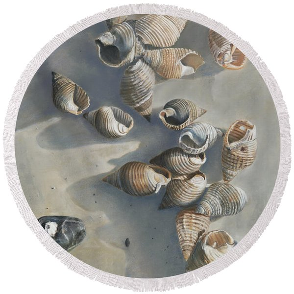 Shells On A Sandy Beach Round Beach Towel