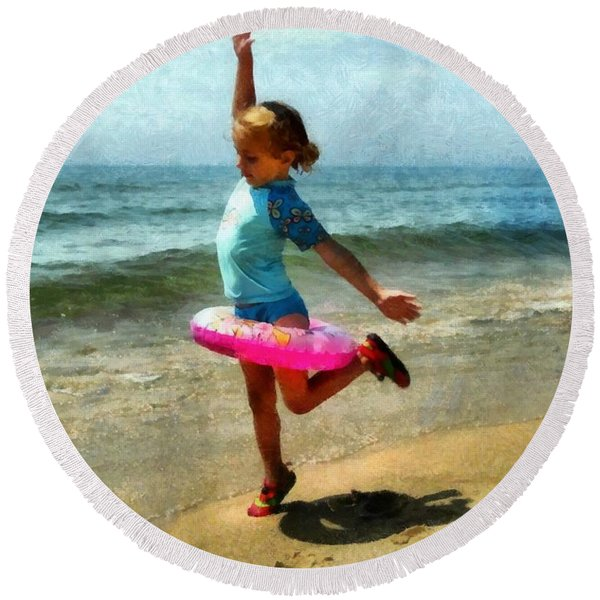 Summertime Girl Round Beach Towel