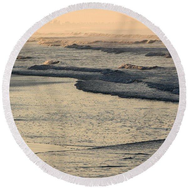 Sunrise On The Ocean Round Beach Towel