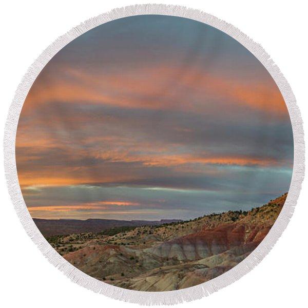 Sunrise Over The Circle Cliffs Round Beach Towel
